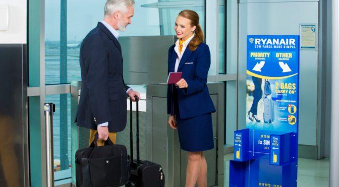 Los Clientes De Ryanair Sin Embarque Prioritario Deberán Bajar Su Maleta De Cabina