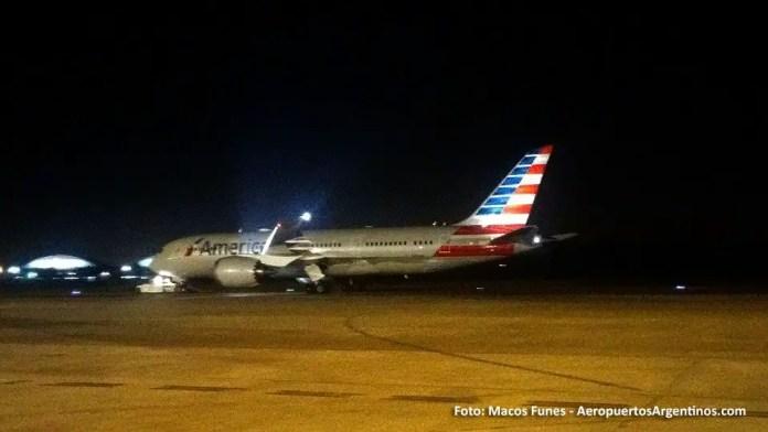 13ABR 787 American en Ezeiza Marcos Funes 03