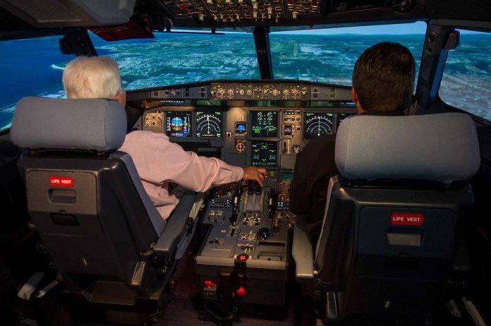 A320_simulator_inside