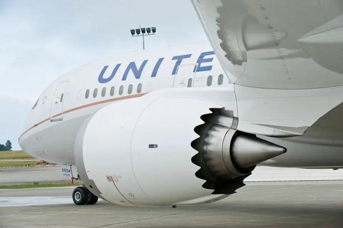 United-787-Dreamliner-Exterior_6