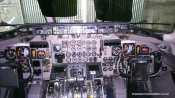 MD-83 LV-CCJ en el hangar de Andes en el aeropuerto de Salta.