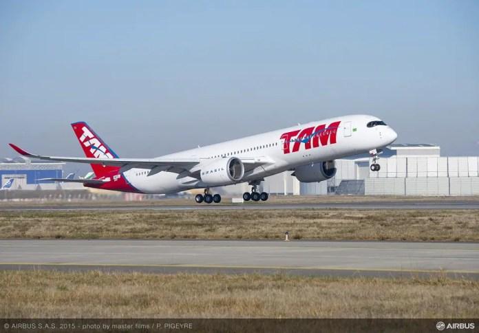 Airbus A350 XWB TAM 01