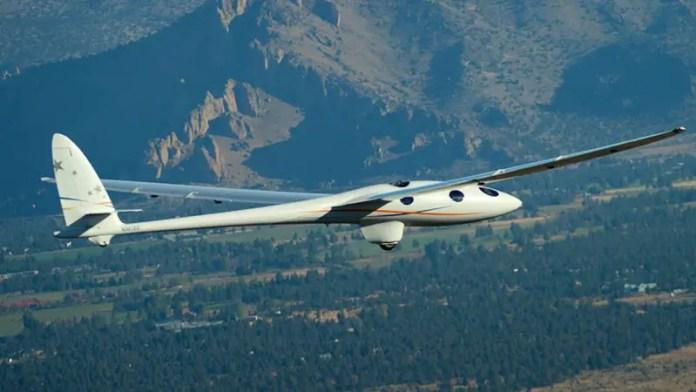 El Perlan 2 volando por primera vez (Foto: Jamie Darcy - Airbus)
