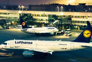 Lufthansa_Airplanes