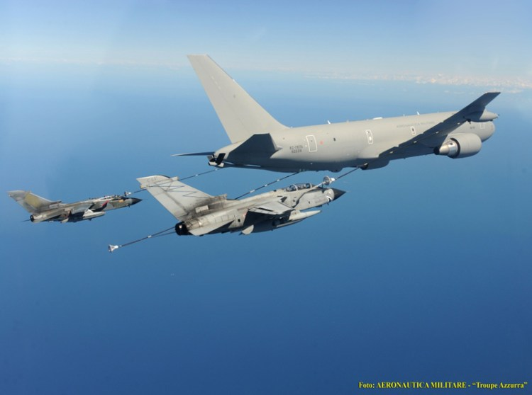 kc767a velivolo rifornimento in volo aeronautica militare italiana
