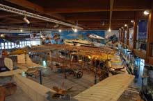 Hangar esposizione museo dell'aeronautica trento caproni