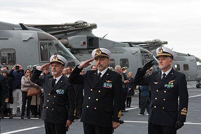 portaerei cavour sistema paese in movimento marina militare