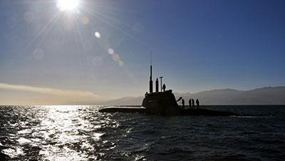 in navigazione con il sottomarino scirè della marina militare italiana