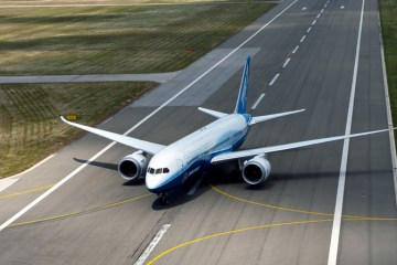 Boeing 787 Dreamliner Tour