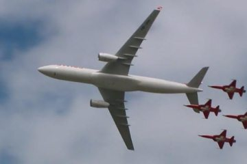 video airbus a330 patrouille suisse