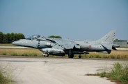 av8b harrier della marina militare
