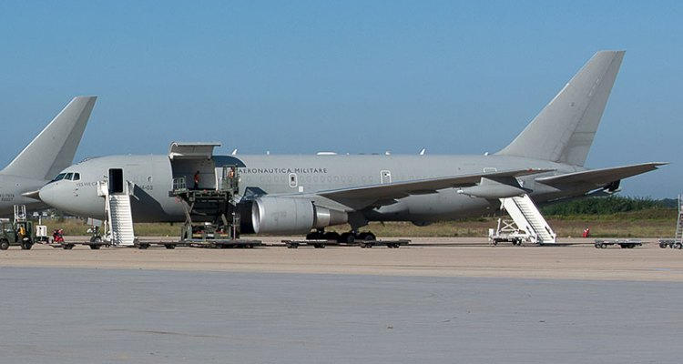 aeronautica militare trasporto malati infettivi in bio-contenimento