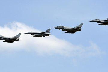 nato baltic air policing eurofighter typhoon italiani