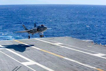 F-35C atterra sulla USS Eisenhower