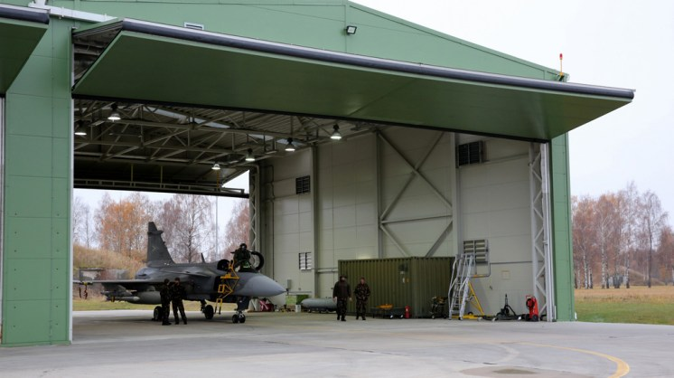 jas-39 gripen ungheria nato baltic air policing