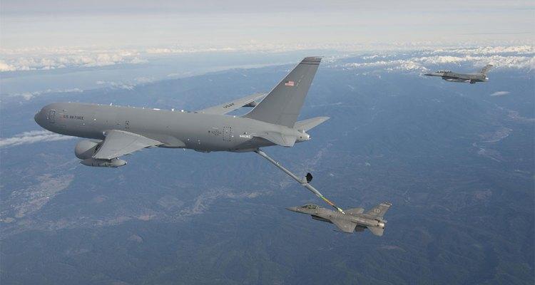kc-46 pegasus futuro aereo da rifornimento in volo americano