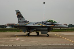 F-16 special color 23 gruppo