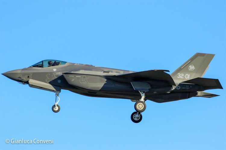 prototipo AL-1 F-35 italiani