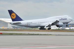 Lufthansa B-747 Boeing