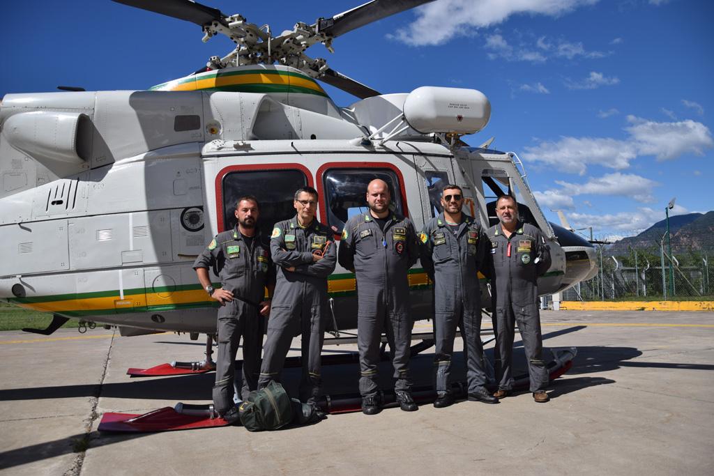 personale della Sezione Aerea di Bolzano della Guardia di Finanza