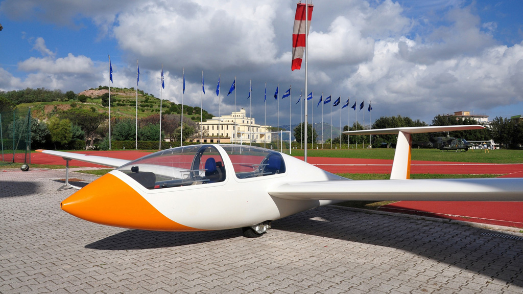 Aliante Twin Astir Centro Volo a Vela