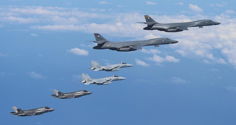caccia e bombardieri usa show of force nord corea