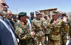 La visita del comandante di RS alla base avanzata del EAP