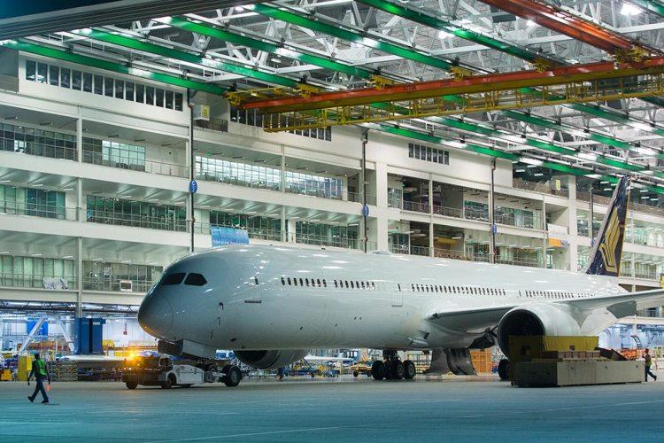 Primo Singapore Airlines B-787-10 Dreamliner