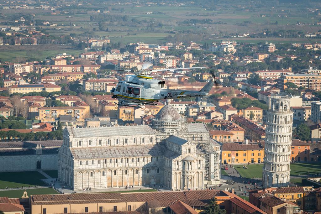 La sezione aerea della Guardia di Finanza di Pisa