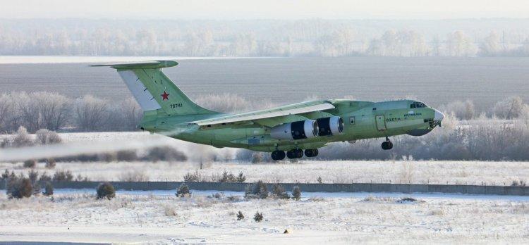 aero cisterna russa Il-78M-90A