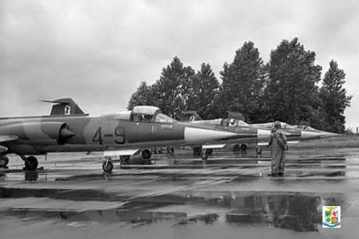 1T Belgio 1965 Beauvechain Air Base Arch Foreign in Belgium