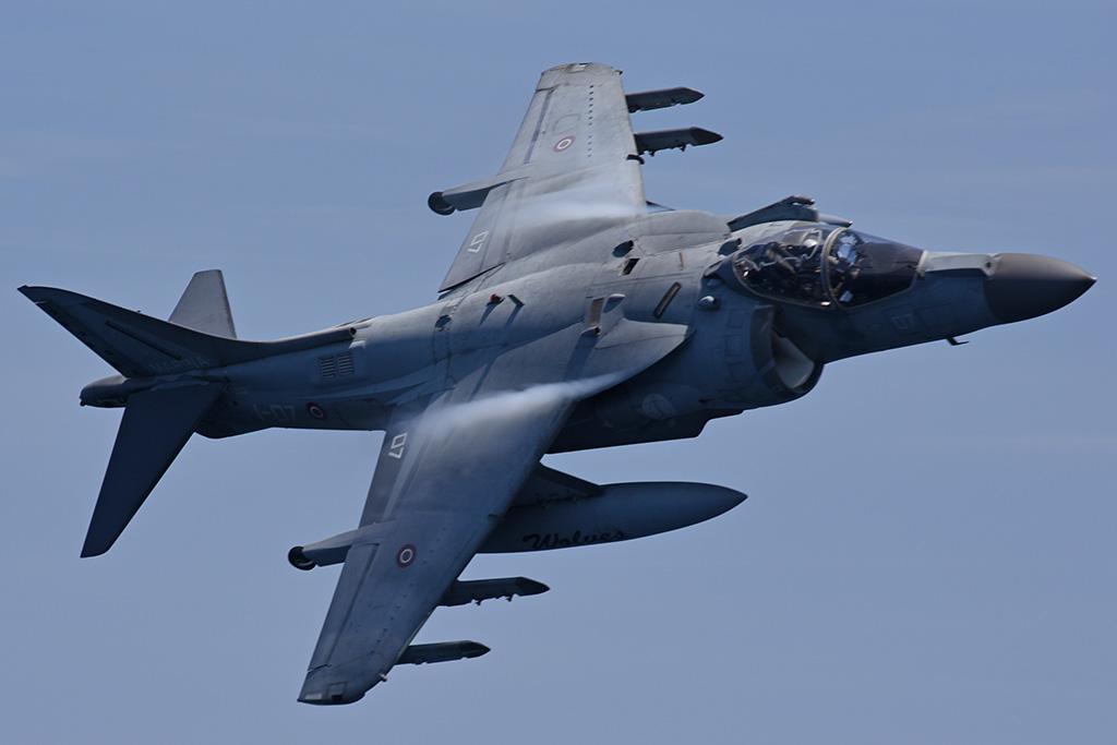 AV-8B Harrier II+ Marina Militare portaerei Cavour