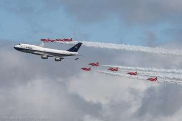 Sorvolo 747 British Airways e Red Arrows RIAT 2019