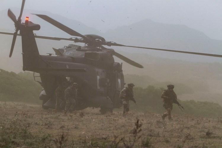 Elisbarco da UH-90
