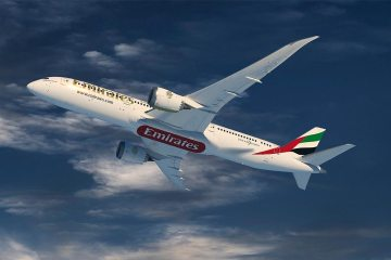 Emirates Airline Boeing 787 Dreamliner