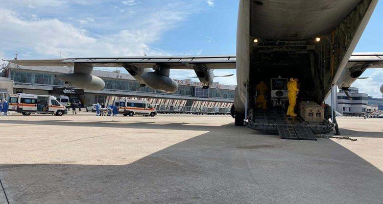 biocontenimento AM C130 Hercules Pisa
