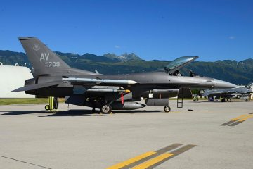 F16-Fighting-Falcon-31-fighter-wing-aviano-have-glass-v