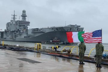 portaerei italiana Cavour