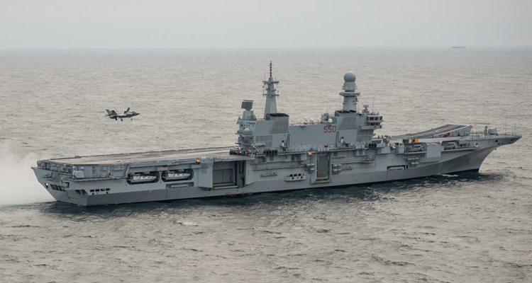 Primo appontaggio F35 su Nave Cavour