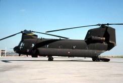 1R2-CH-47C 81232 (EI-831) 1°Rgt.11°Sq. Pratica di Mare 04.07.2004
