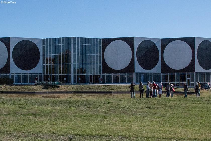 Fondation Vasarely Aix En Provence Avignon Et Provence
