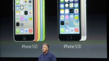 iphone 5c and 5s - Apple and RCOM bringing iPhone 5S, 5C for Free under 2 year contract [updated]