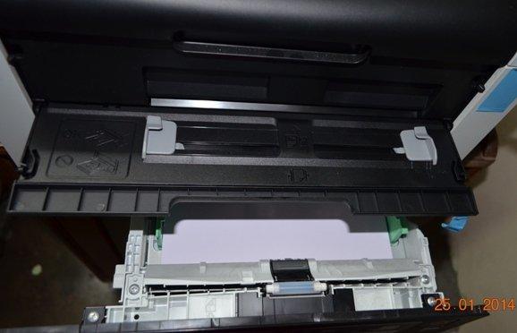 HL-3150CDN trays