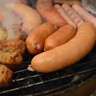 BARBECUED FRANKS
