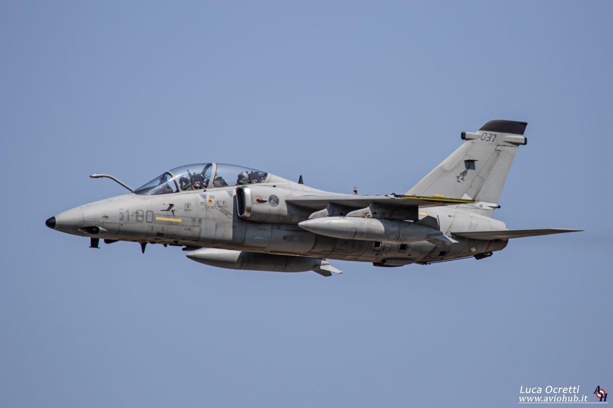 AMX 51° Stormo in volo sopra l'aeroporto di Rivolto in occasione della Personnel Recovery Week 21-01
