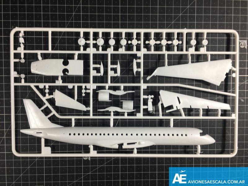 Embraer190_revell_11