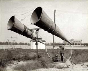 USA - Détecteur acoustique en test Années 1920 (2)