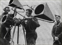 Sound Locator Mk VI à l'exercice - 1939