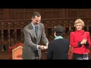 Por invitacion de la Defensora del Pueblo Soledad Becerril, AVITE opta al Premio Rey de España de Derechos humanos.