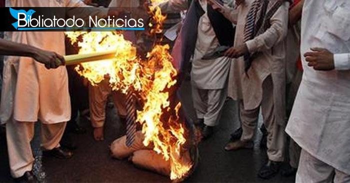 Joven es quemada vida por musulmanes al haber denunciado corrupción en su escuela